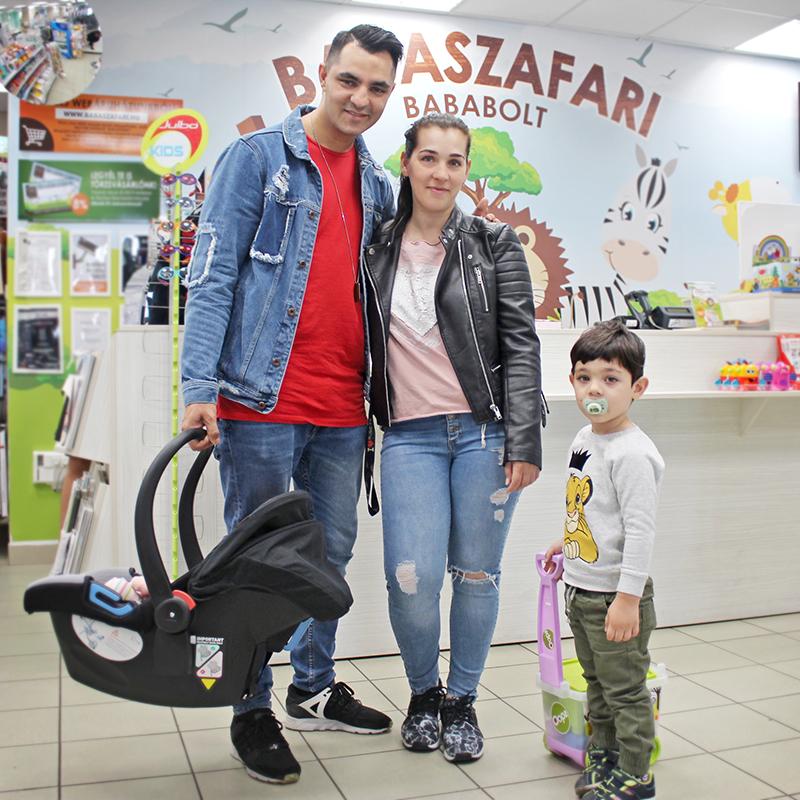 Oláh Gergő és családja